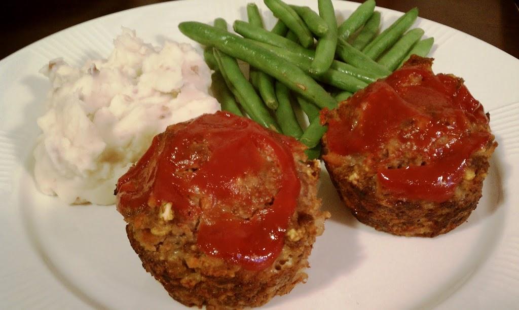 Meatloaf Muffins - Emily Bites