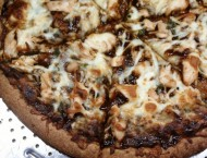 BBQ-Chicken-Pizza-cut-3