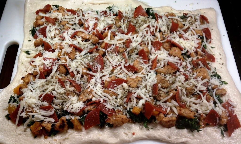 Salami And Spinach Stromboli Recipes — Dishmaps