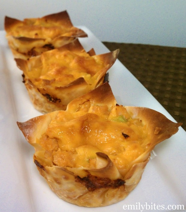 Buffalo Chicken Wonton Cupcakes
