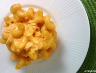 Buffalo Chicken Mac and Cheese Muffin