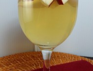 Apple Cinnamon Sangria
