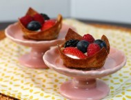 Berries and Cream Cinnamon Dessert Cups