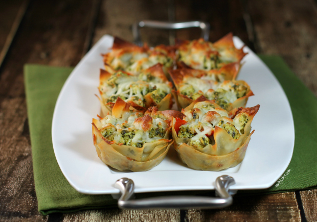 Chicken Pesto Wonton Cups