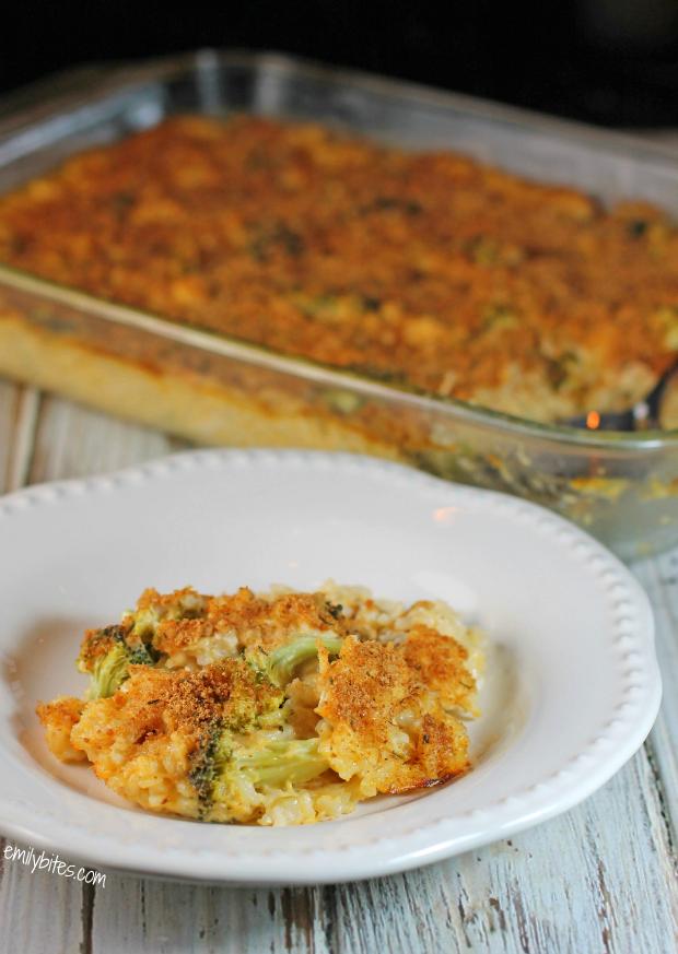 Cheesy Chicken Broccoli & Rice Casserole