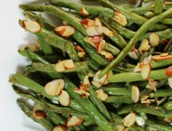 Garlic Roasted Green Beans with Almonds