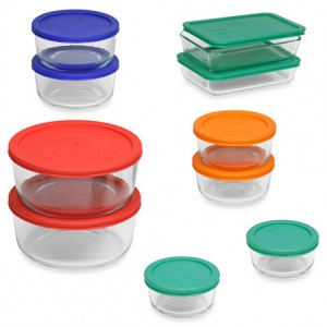 21 Gift Ideas for Healthy Cooks: Pyrex Storage Set