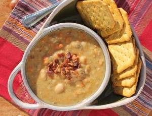 Slow Cooker White Bean Soup