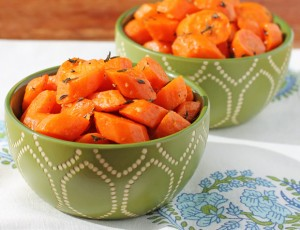 Garlic Thyme Roasted Carrots