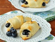 Blueberry Cheesecake Rolls