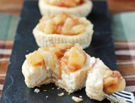 Apple Cinnamon Cheesecake Cups