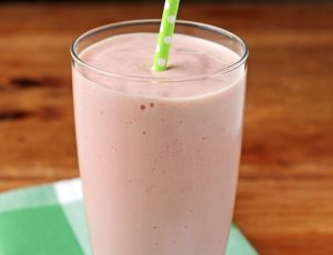 Strawberry Avocado Smoothie