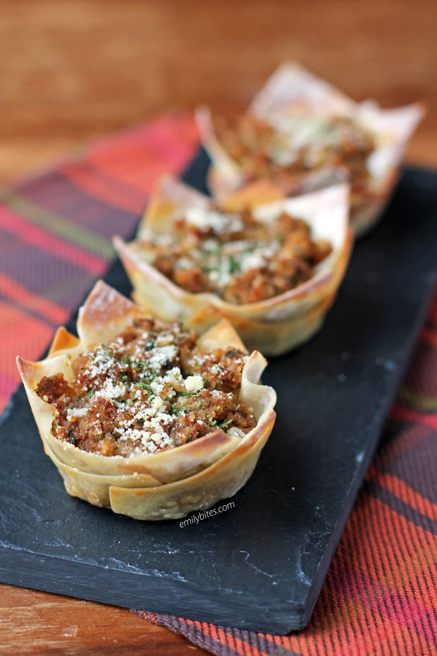 Clams Oreganata Wonton Cups