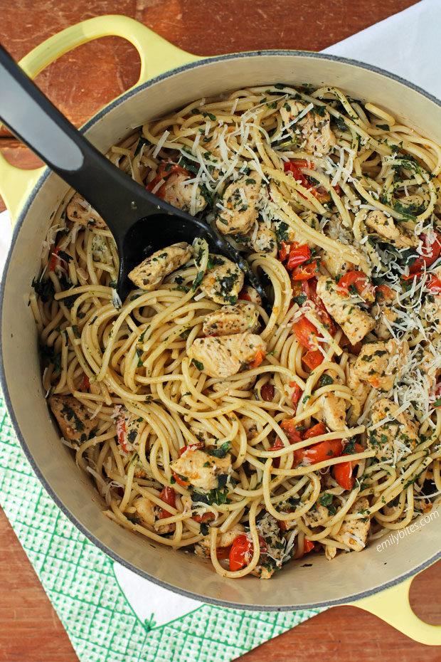 Bruschetta Chicken Pasta in a pot