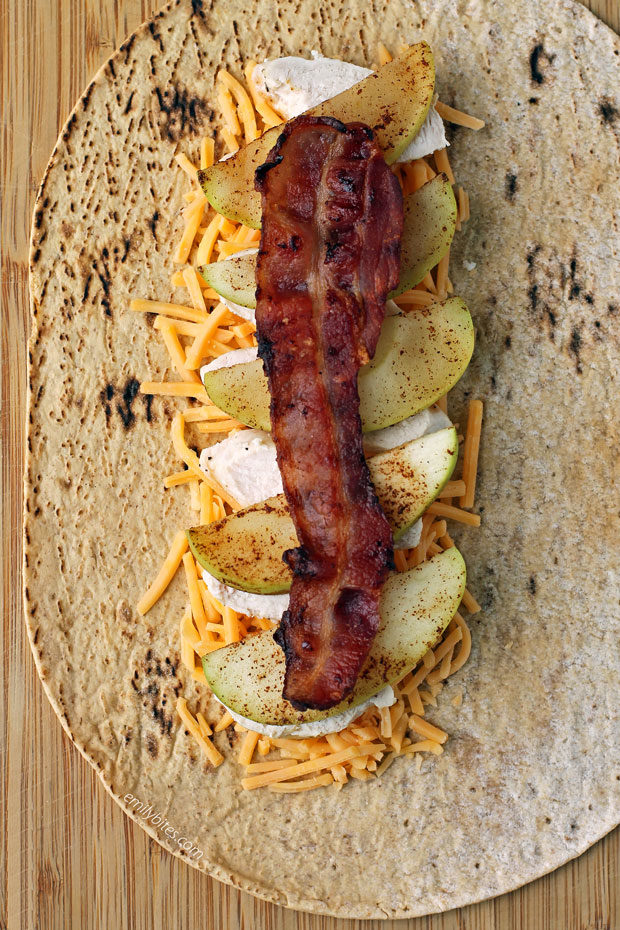 Cheddar Bacon Apple Cheddar Wraps