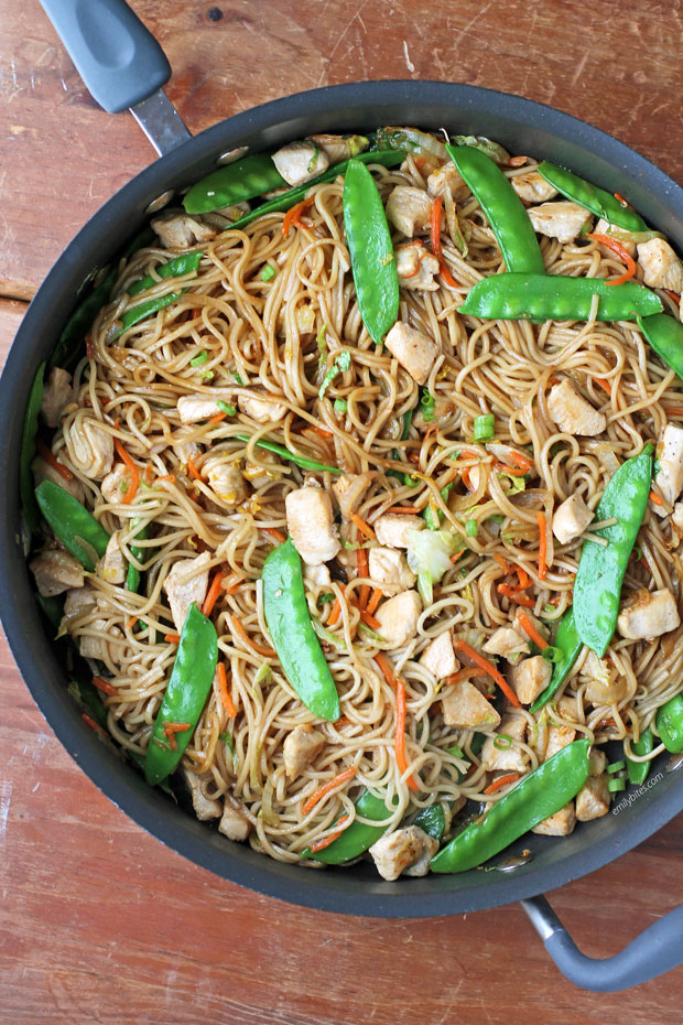 Chicken Lo Mein in a saute pan