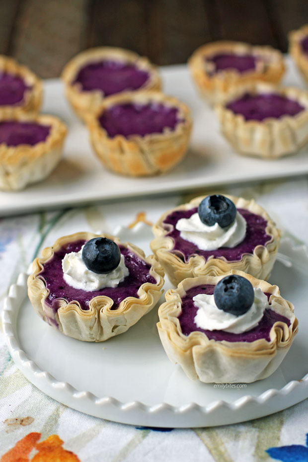 Blueberry Cheesecake Mini Tarts close up