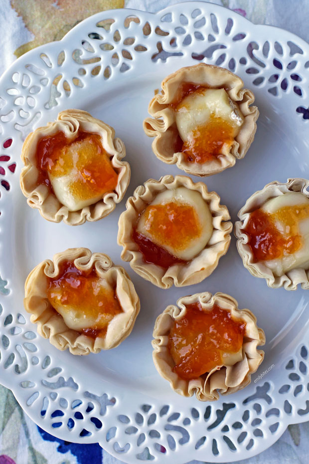 Apricot Brie Tartlets overhead close up