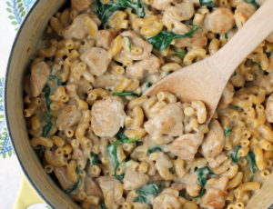One-Pot Chicken Florentine Mac and Cheese in the pot