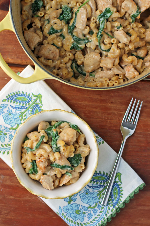 One-Pot Chicken Florentine Mac and Cheese in a bowl