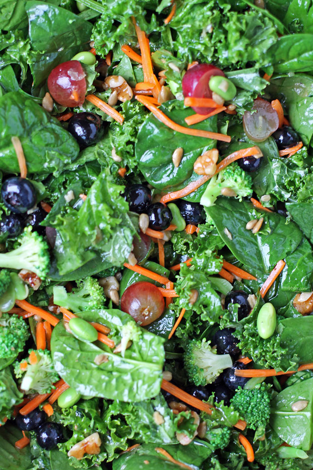 Superfood Salad close up
