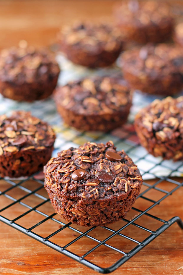 Chocolate Mocha Baked Oatmeal Singles on a cooling rack