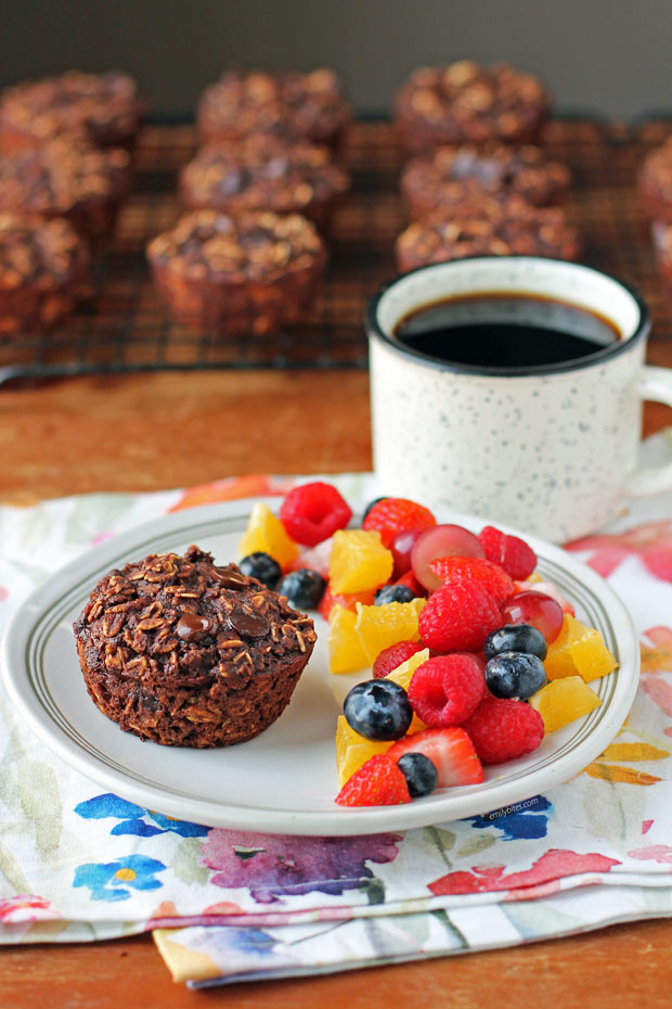 Chocolate Mocha Baked Oatmeal Singles with fruit and coffee