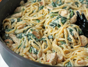 Ricotta and Spinach Pasta with Chicken close up